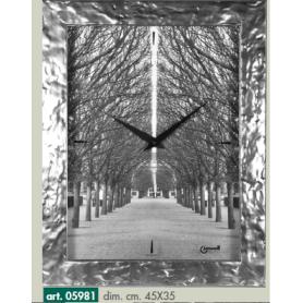 Orologio da parete-quadro con paesaggio viale con alberi cornice grigio argento -LOWELL 05981