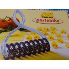 TAGLIAPASTA PastaBike MARCATO con Rotelle smerlate per tortellini