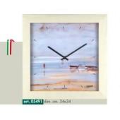 Orologio da parete con cassa in legno color rovere sbiancato e disegno vista mare con barche a vela